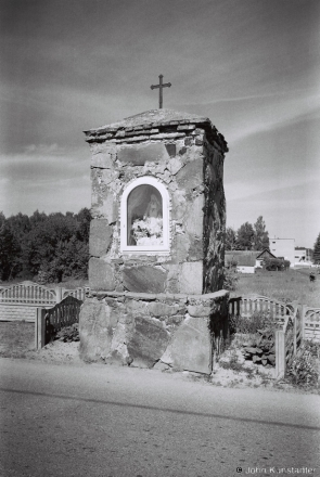18a.Roadside Shrine, Vojstam 2017, 2017134- (F1050035