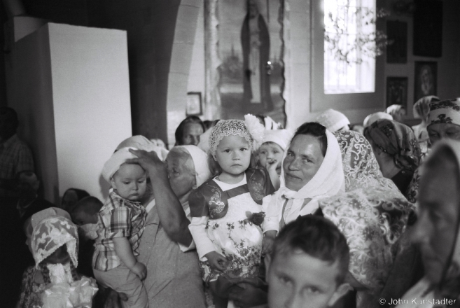 2c.Waiting for Children's Communion, Feast of Holy Trinity, Azdamichy 2015, 2015192-35A (F1070035