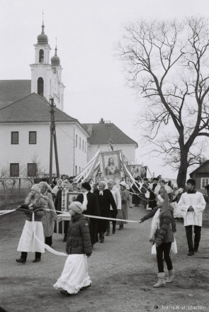 easter-morning-procession-iuje-2012-2012062b-29